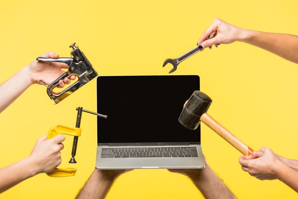 How Much Laptop Screen Repair Cost in India?